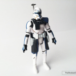 black-series-captain-rex-front-side-01