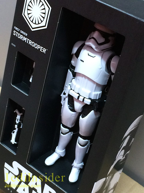 The_Black_Series_6_Inch_Force_Awakens_First_Order_Stormtrooper04__scaled_600