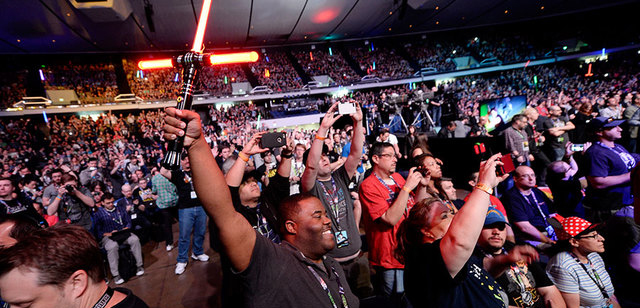 sw_celebration_tfa_fans_getty_crop