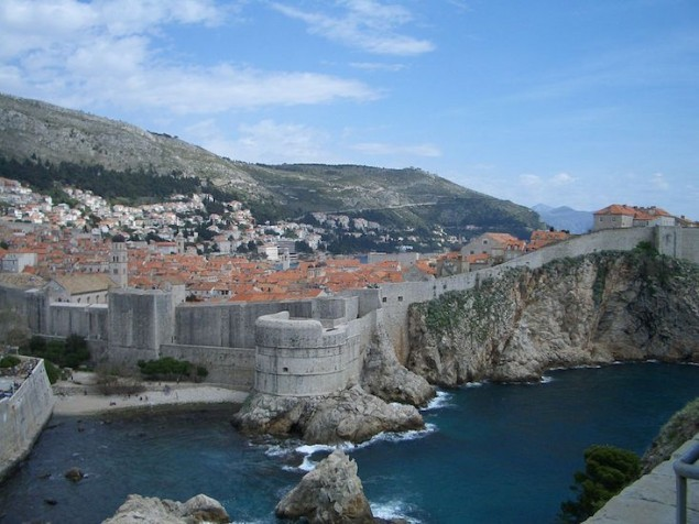 1024px-Dubrovnik_wall_(1)